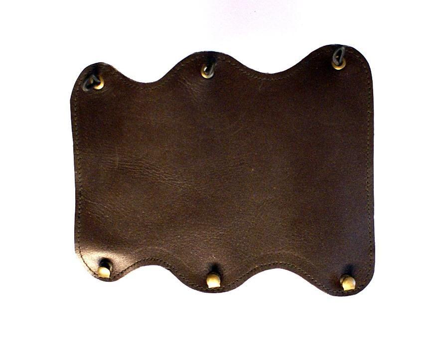 Lazecký chránič předloktí kožený - vzor 2
